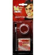 Offrez davantage de réalisme à tous vos maquillages d'halloween avec ce faux sang qui ne sèche pas
