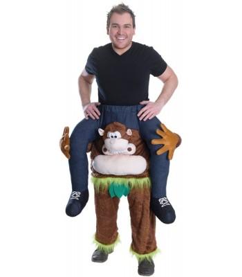 Déguisement porté sur les épaules d'un singe