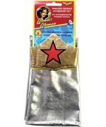 Kit d'accessoires Wonder Woman avec tiare et paire de manchettes pour vous transformer en super-héroïne