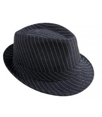 Chapeau de gangster noir et blanc